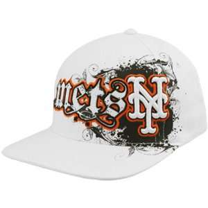 Brand New York Mets White Clawson Closer Flex Hat Sports & Outdoors