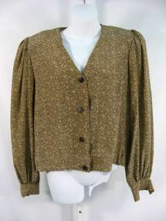 Condition: Gently worn, few threads frayed at the button holes at