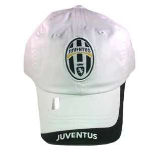 SOCCER YOUTH KIDS OFFICIAL JUVENTUS ITALY CAP HAT WHITE