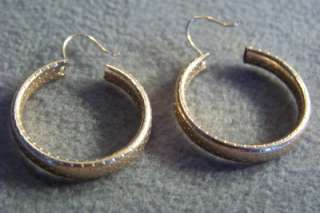ANTIQUE YELLOW GOLD FILLED ETCH FILIGREE HOOP EARRINGS