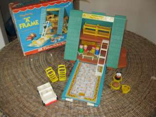 VTG Fisher Price Little People Play Family A Frame 990