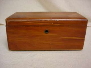 VINTAGE SALESMAN SAMPLE LANE CEDAR HOPE BLANKET CHEST WITH KEY