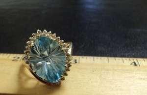 Flashy Vintage14K Yellow Gold Cocktail Ring w/ 21 Diamonds