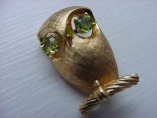 Vintage 14k Solid Gold Owl Pin Brooch Green Eyes 3 D