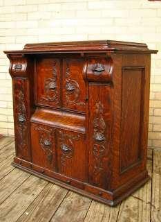 Antique SINGER Sewing Machine in QUARTER OAK Cabinet w1503