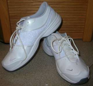 New Womens Nike FCS White Shoes Size 11 athletic running
