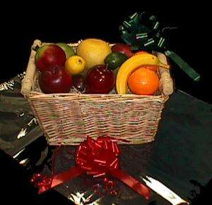 18x24 lot of 50 Cello Gift Bags baskets CLEAR 18x24