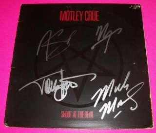 MOTLEY CRUE X4 SIGNED SHOUT AT THE DEVIL LP EXACT PROOF