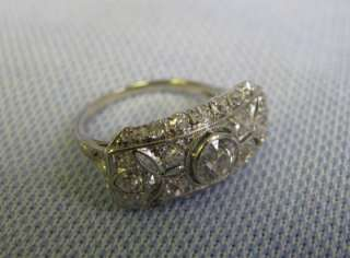 Gorgeous Victorian Choice 18KT White Gold Ladys Ring with 31 Diamonds