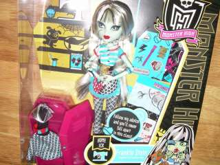 MONSTER HIGH Home Ick FRANKIE STEIN Classroom Doll NIB