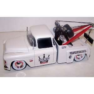 Jada Toys 1/24 Scale Diecast Kustom Kings 1955 Chevy