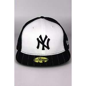 New Era Pins New York Yankee Hat Black  White 7  Sports