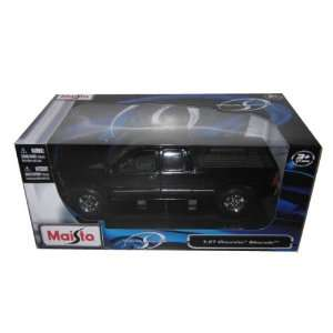 152892440_chevrolet-silverado-1500-black-127-diecast-model-car-.jpg