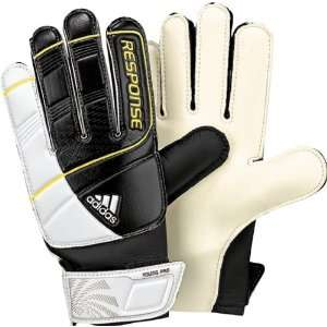 Adidas RESPONSE Young Pro Soccer Goalkeepers Glove