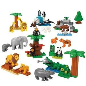 LEGO DUPLO Wild Animals Set   98 Pieces: Toys & Games