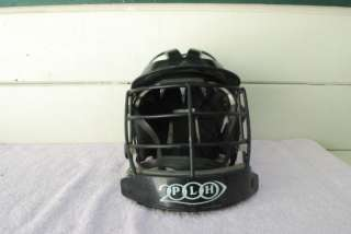 PLH 2 LACROSSWE HELMET W/ CAGE BLACK IN COLOR  ADULT